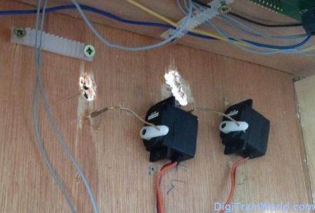Switch motors comparison: motors vs. servo