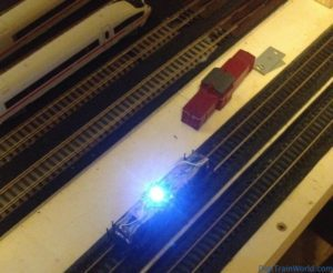 Fleischmann N - DB V100 DCC Conversion - Driver cab lighting test