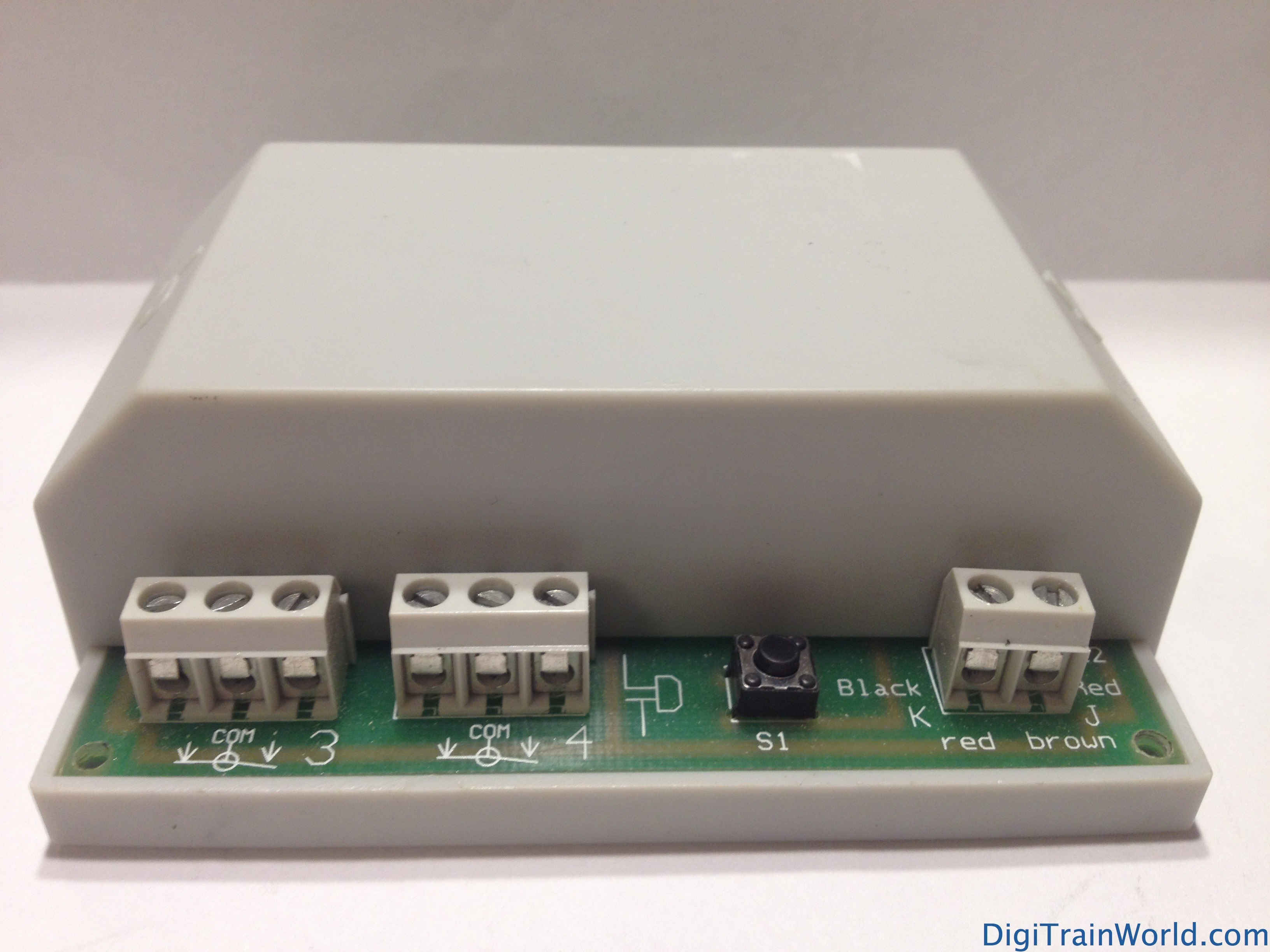 LDT accessory decoders SA-DEC-4-DC & S-DEC-4-DC